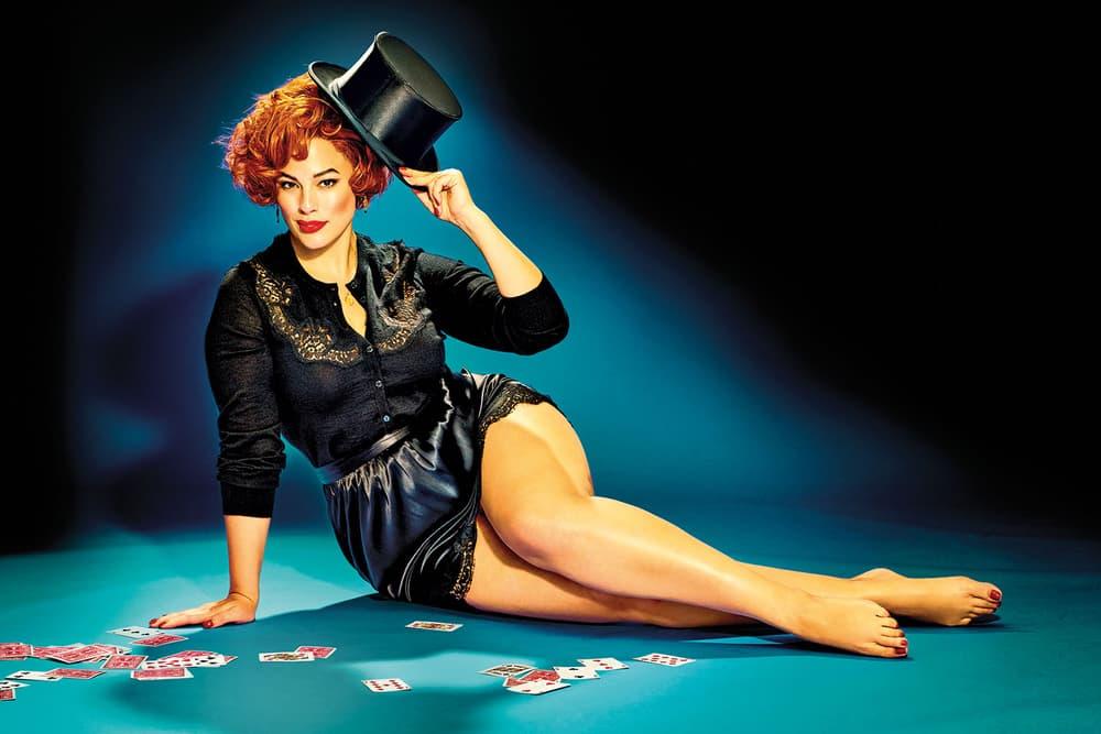 Ashley Graham The Cut New York Magzine 2017 September Issue Cover Retro Marilyn Monroe
