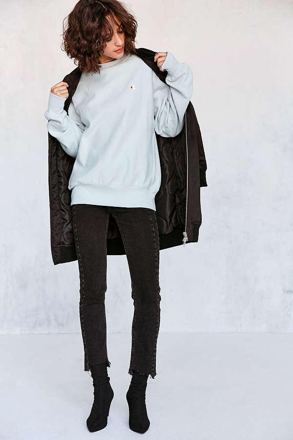 Champion Urban Outfitters Reverse Weave Pullover Crewneck Sweatshirt Blue Cream Pastel