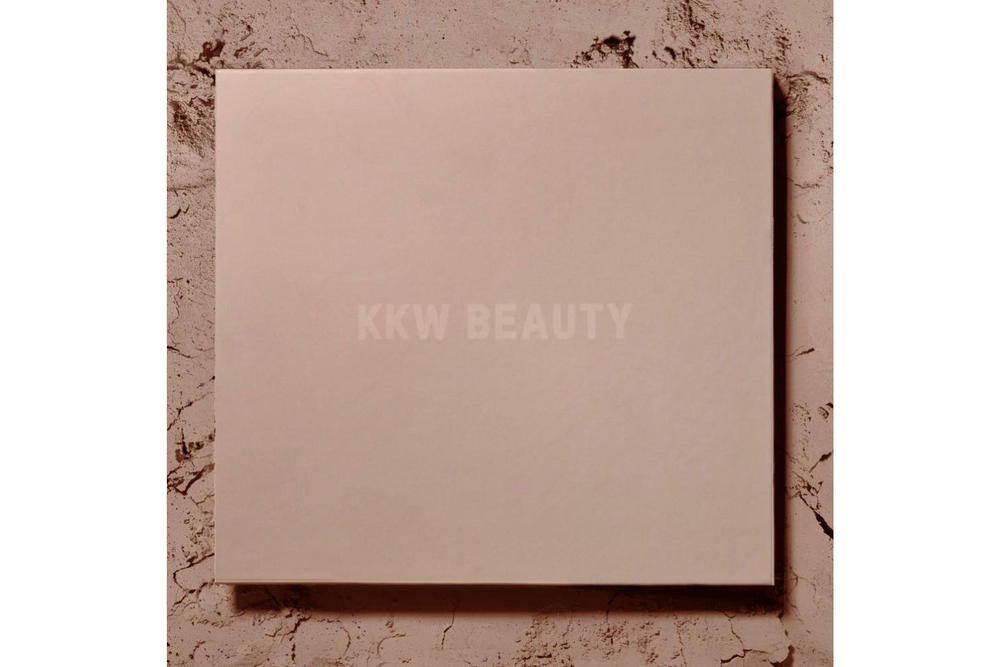 Kim Kardashian KKW Beauty Contour Highlight Powder