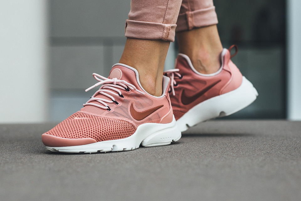 Cien años piel luego  Nike Presto Fly in Red Stardust Is a Rosy Beaut | HYPEBAE