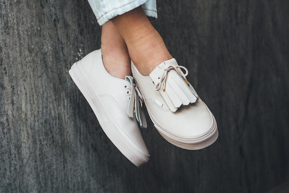 Vans Authentic Fringe Whisper Pink