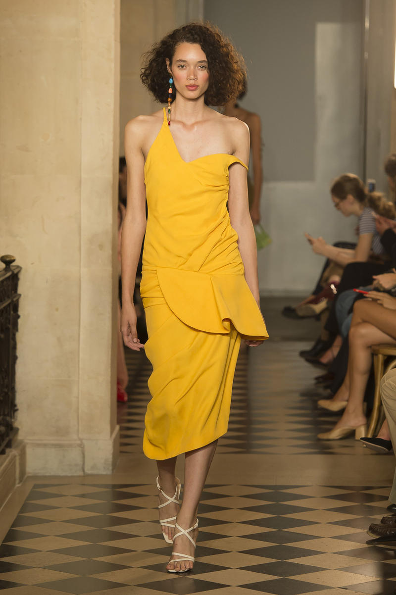 Jacquemus Spring Summer 2018 Show Collection Paris Fashion Week Runway Earthy Tones Accessories Hats Earrings Bags