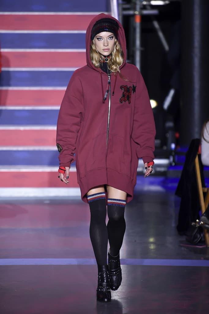 Gigi Hadid Tommy Hilfiger Fall Winter 2017 Runway Show Third Collaboration Jourdan Dunn Rock Circus Red Blue Black London Fashion Week LFW