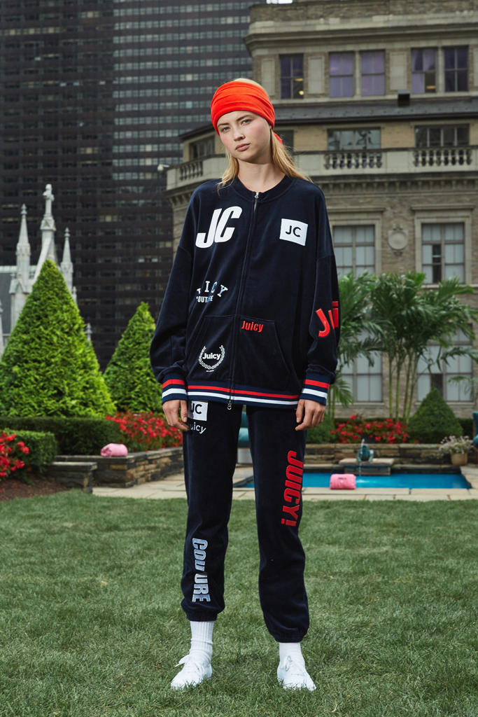 Juicy Couture 2018 Spring Ready To Wear Show Collection Tracksuits 2000 Paris Hilton New Direction Creative Director