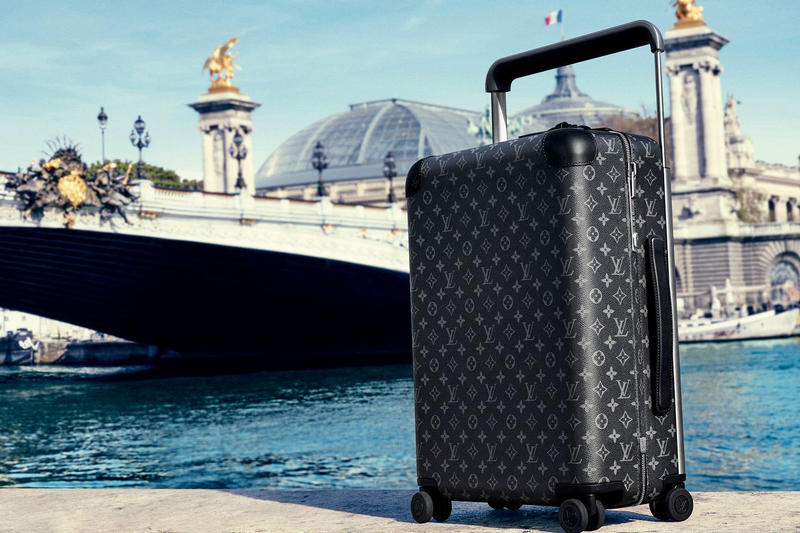 Louis Vuitton Rolling Luggage Travel LV Horizon Marc Newson Suitcase Monogram Print