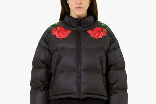530ba78c12508 Everything Is Covered with Roses in Marcelo Burlon s Fall Winter 2017  Collection