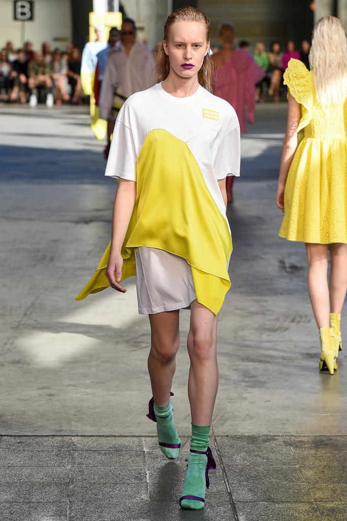 MGSM Spring Summer 2018 Collection Milan Fashion Week Color Hue Saturation Collection Clothes Massimo Giorgetti