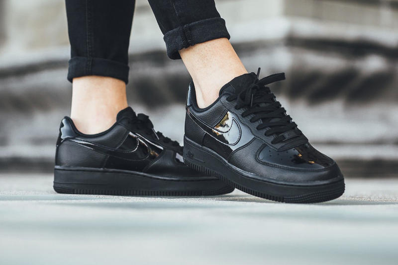 online store 7f25c 693ba Nike Air Force 1 07 Patent Black White