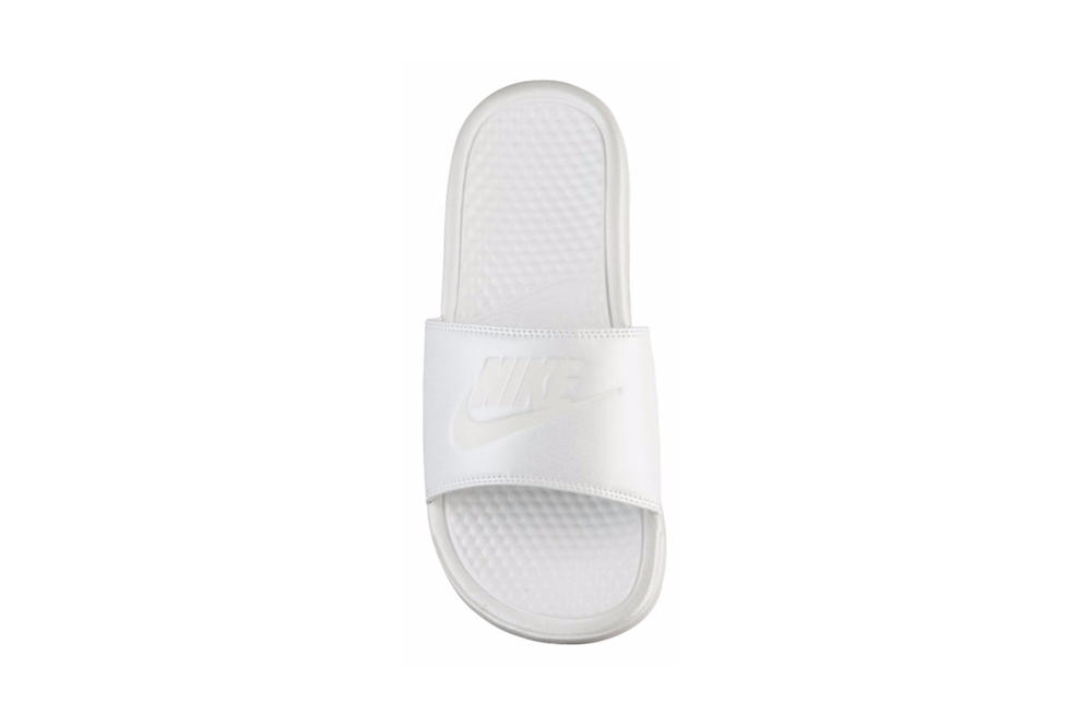 Nike Benassi Swoosh Slide Metallic White