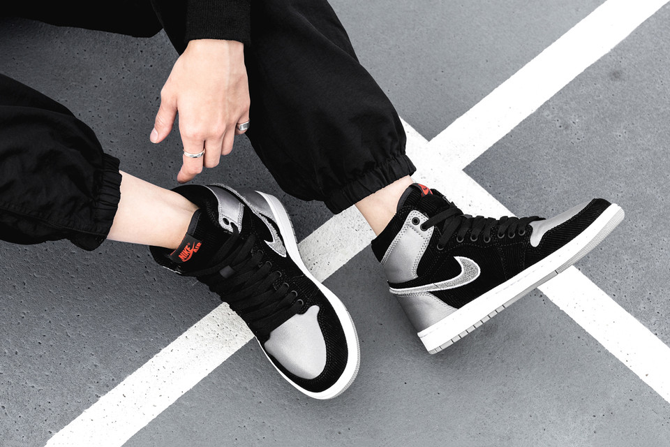 Closer Look  Aleali May Air Jordan 1 Shadow Satin  b99bf01eb