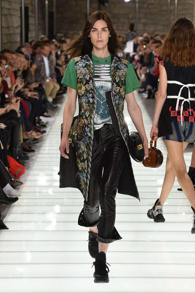 Louis Vuitton Spring Summer 2018 Runway Show Nicolas Ghesquiere Collection Sneaker Luxury Streetwear Stranger Things