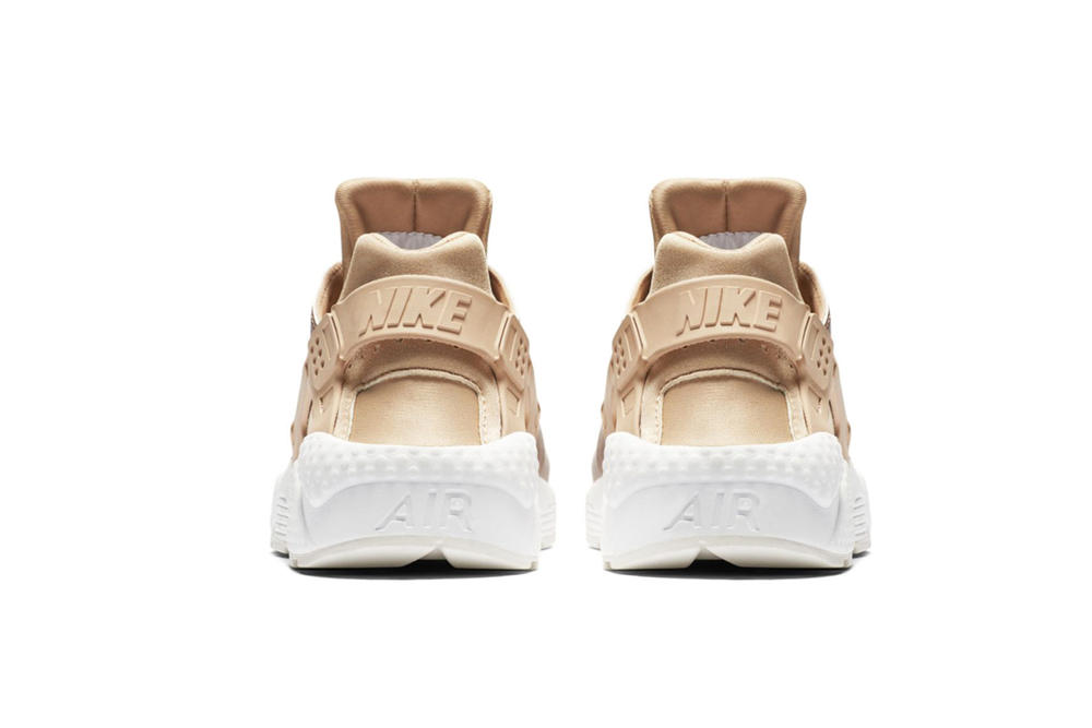 newest cf8da 35948 ... Nike Air Huarache Run Metallic Red Bronze Summit White Rose Gold Women  ...