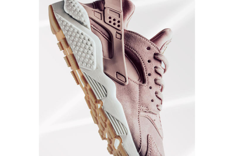 Nike Air Huarache Run SD Particle Pink Sneaker Footwear Classic Sporty Gum Sole White Suede Pastel Shoes