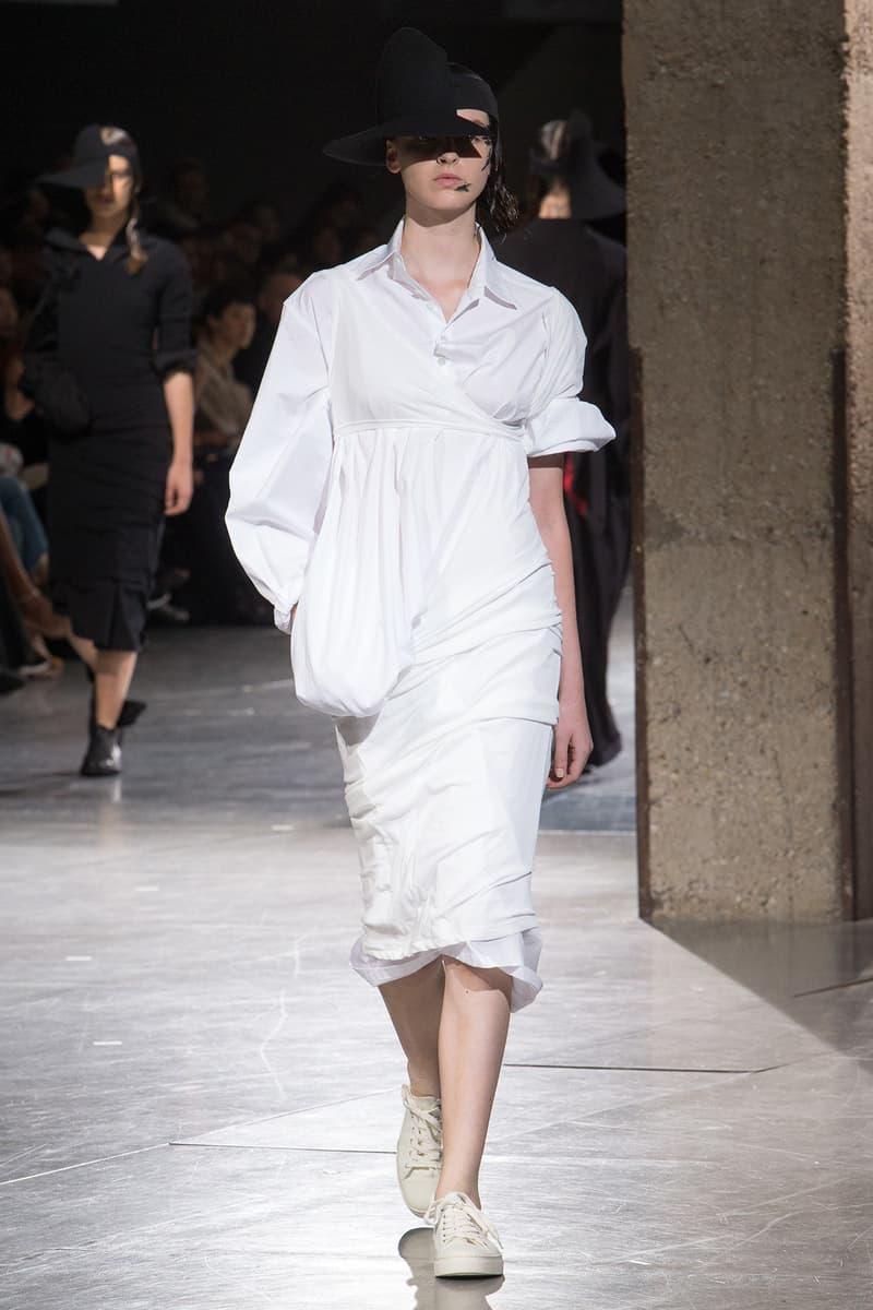 Yohji Yamamoto Spring Summer 2018 Collection Paris Fashion Week