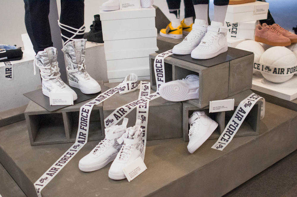 Nike Air Force 1 35 Year Celebration Event Shoes Sneakers Customization Travis Scott Off-White