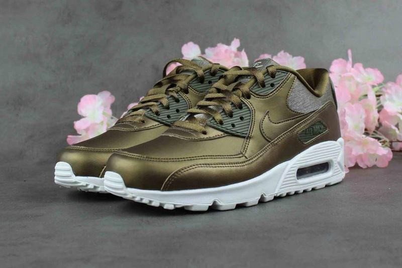 Nike Air Max 90 Premium Metallic Field