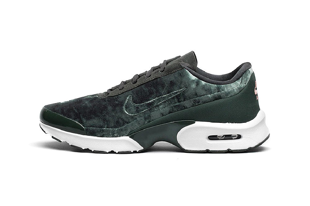Nike Air Max Jewell womens sneaker velvet black outdoor green port wine
