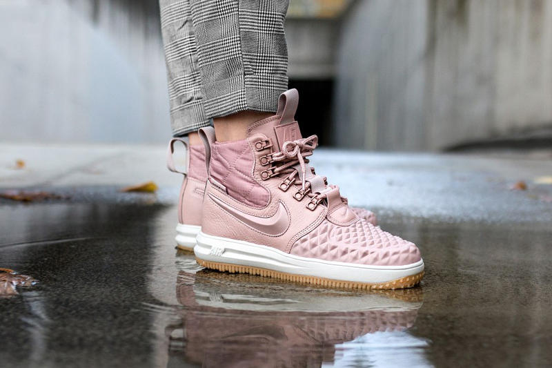 huge selection of 0736e 9c6bc Nike Lunar Force 1 Duckboot Particle Pink Women Pastel Millennial