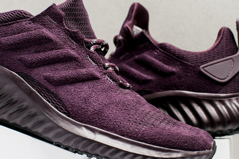 adidas alphabounce ultra violet pantone color of the year 2018