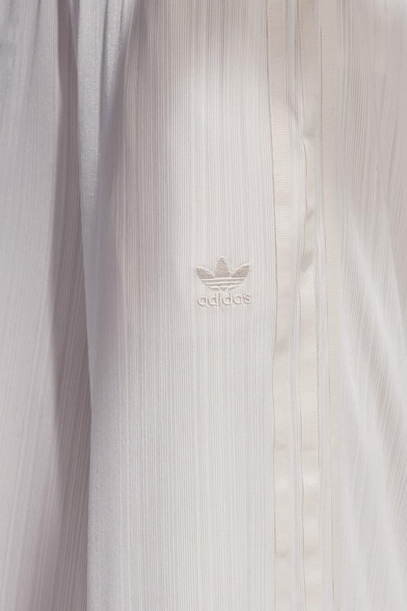 buy popular 8d07a 29b40 adidas Originals SC Ribbed Pant Long Sleeve Crop Tee Linen. 3 of 4