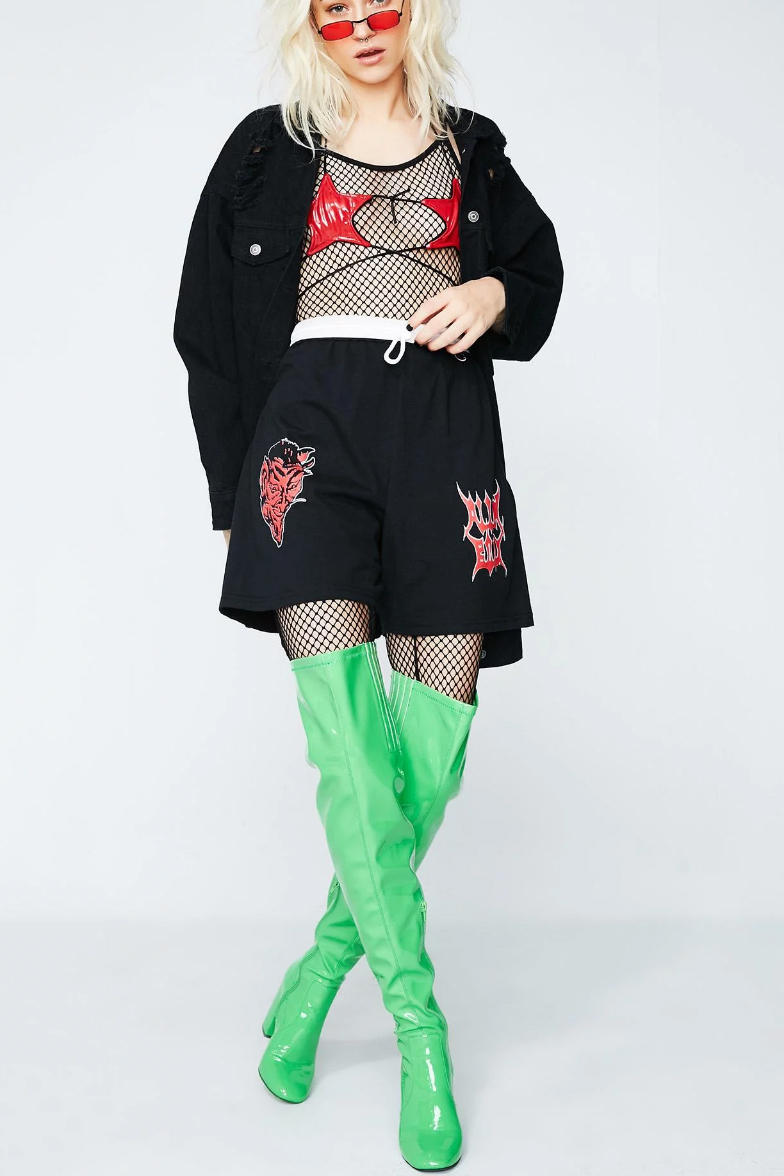 ALIEN BODY Fall/Winter 2017 Lookbook Collection Streetwear Hoodies Printed Gothic Prints Bold Graphics