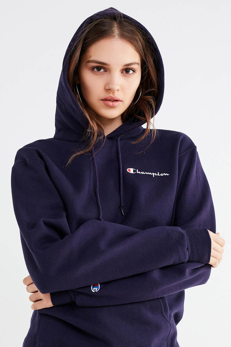 3479fd95716b Champion Urban Outfitters Reverse Weave Hoodie Blush