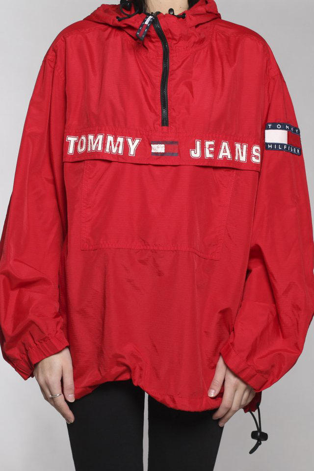 Frankie Collective New Vintage Tommy Hilfiger Pieces Jacket T-shirt Sweater Red Blue White Grey Retro Print