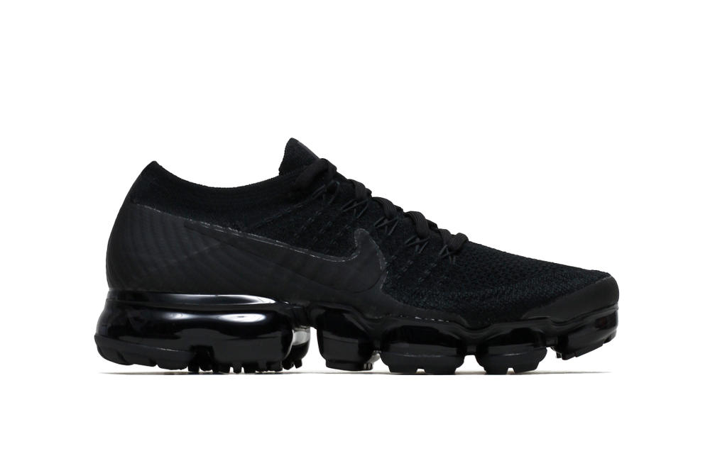 79c5fadcf92 Nike Air VaporMax Flyknit Black Anthracite Sleek Silhouette Futuristic  Sneaker Shoe Footwear Dark Simple Sporty Laces