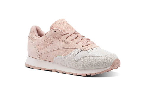 38a22cd033683 Reebok s Two-Tone Classic Leather Is a