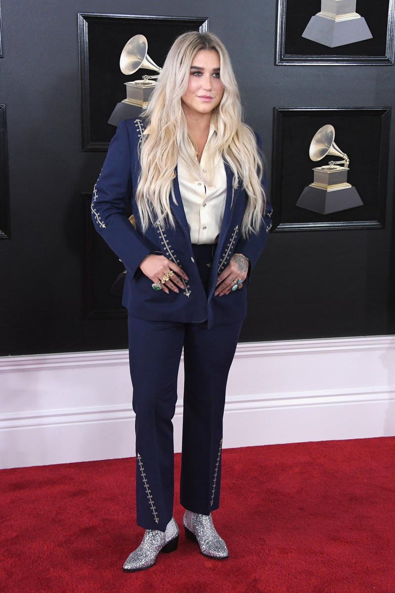 Grammys 2018 Best Red Carpet Looks Fashion Gowns Cardi B SZA Pink Lady Gaga Lana Del Rey Alessia Cara