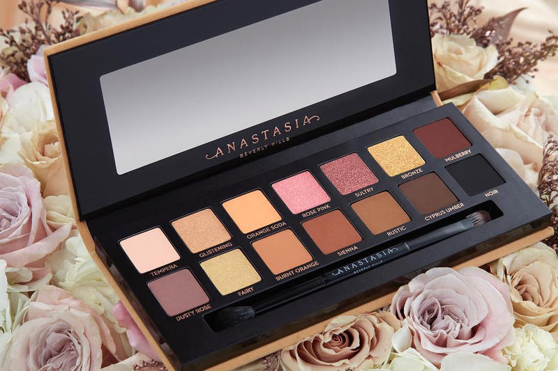 Anastasia Beverly Hills Leaked Eyeshadow Palette Soft Glam Makeup Beauty Shades Warm Tone