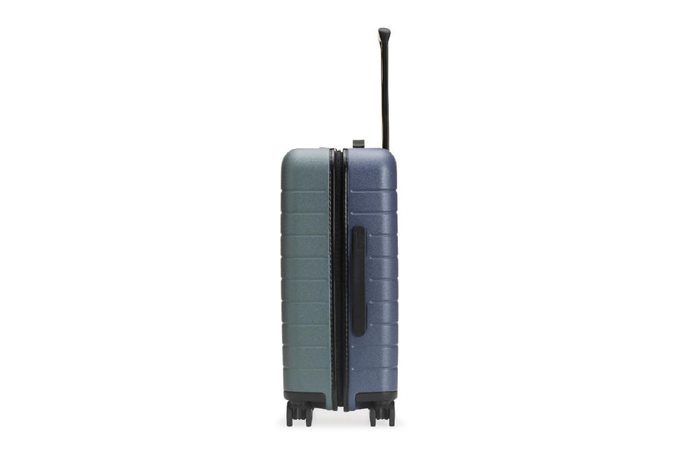 Away travel coordinate collection 2018 dual-tone suitcases