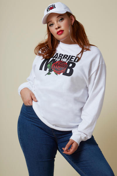 Married to the Mob Capsule Collection White Rose Knit Longsleeve Shirt Hat