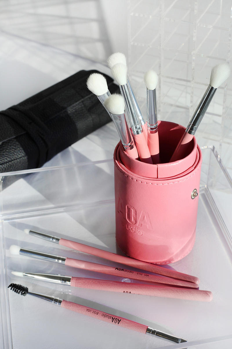MISS A AOA Millennial Pink Brush Set