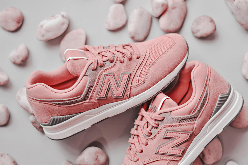 New Balance 697 Pastel Pack Sneakers Pink