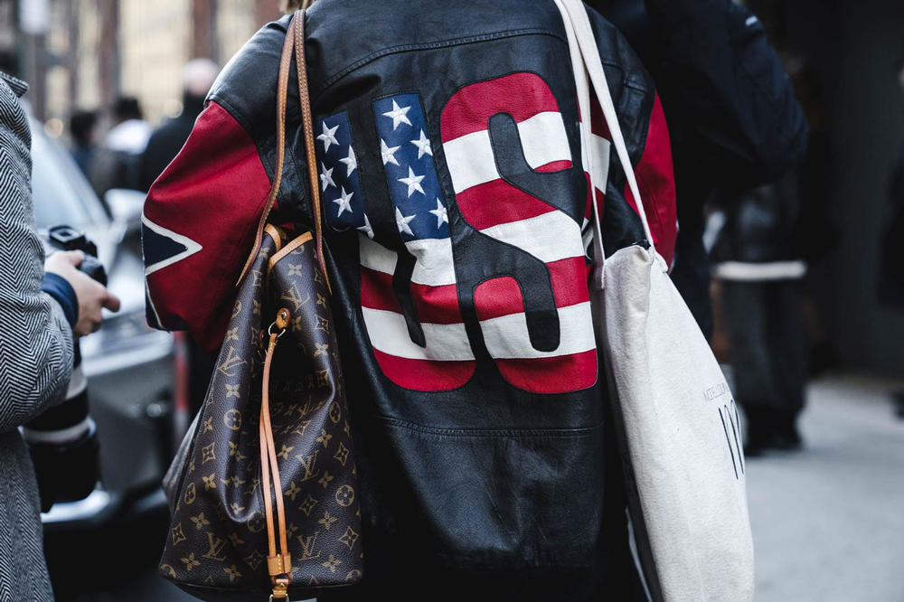 Louis Vuitton Bag Woman New York Fashion Week 2018 Streetsnaps