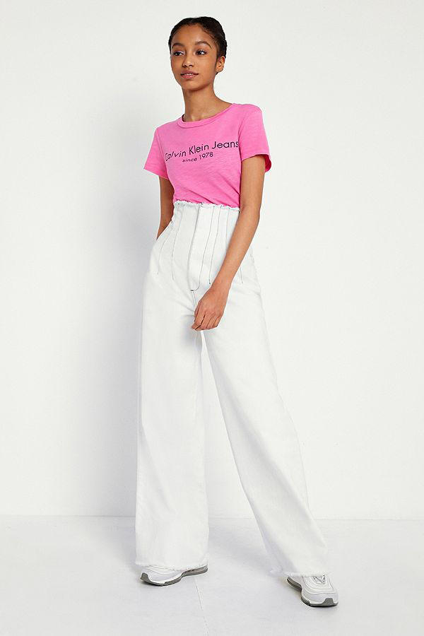 Calvin Klein minimal retro 90s pink logo t shirt cotton womens tee urban outfitters where to buy