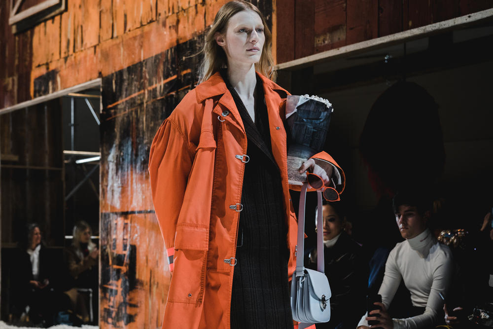 Raf Simons Calvin Klein Fall/Winter 2018 NYFW New York Fashion Week Runway Show Exclusive Images