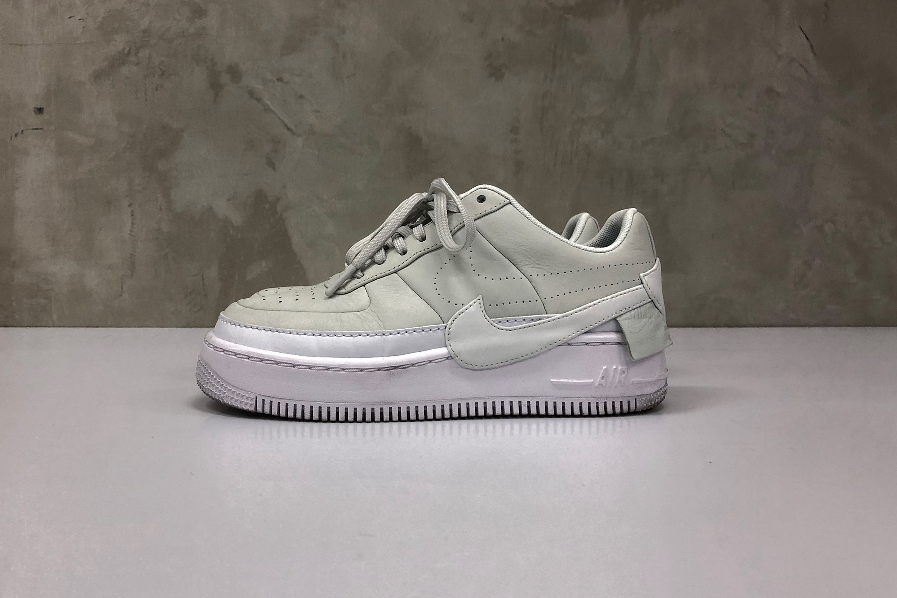Review: Nike Air Force 1 \