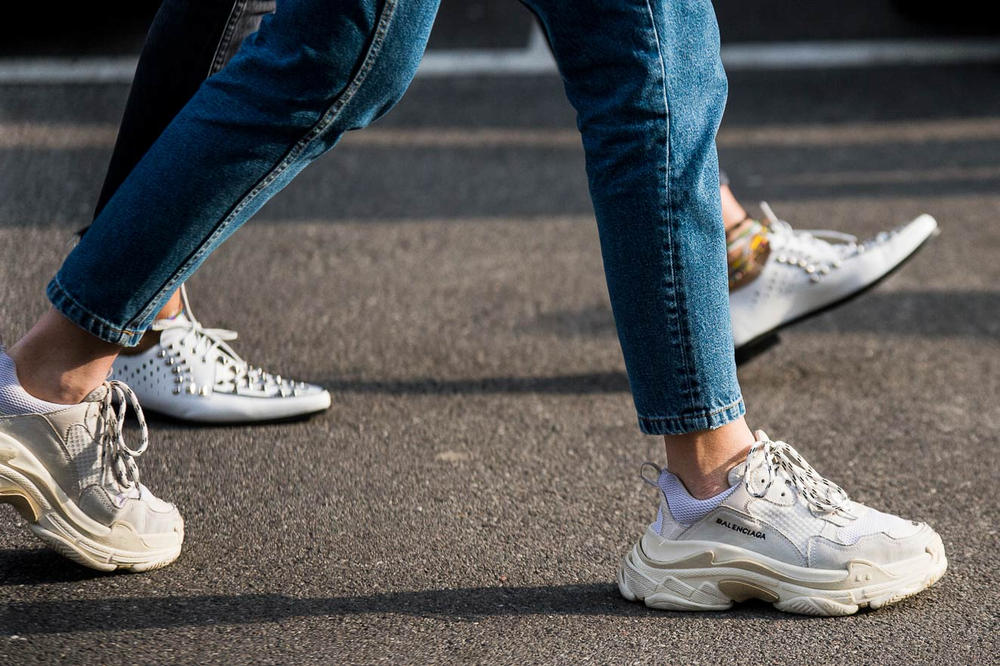 Milan Fashion Week 2018 Streetsnaps Women Balenciaga Triple-S