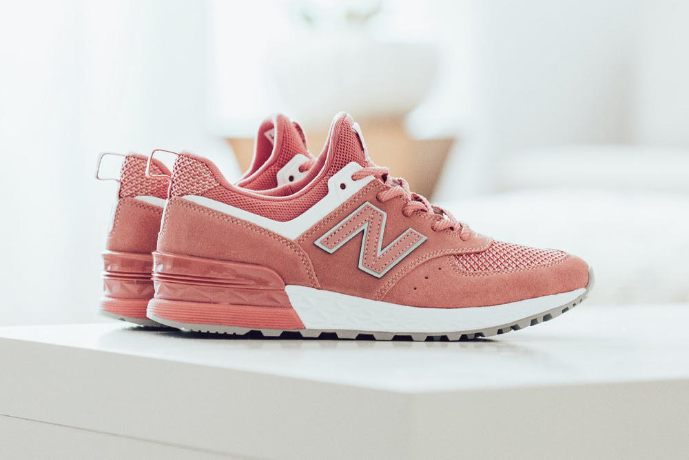 41a44dc930 Shop New Balance 574 Sports in