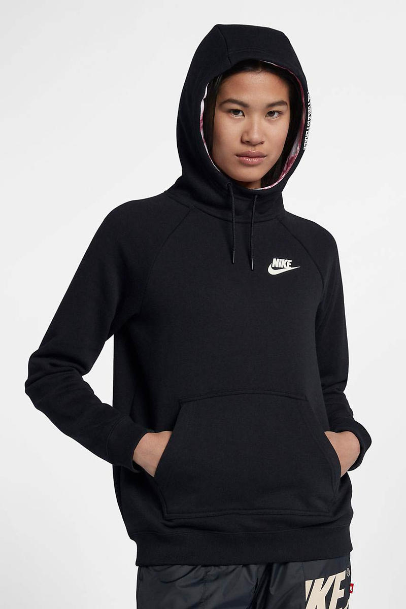 Nike Sportswear Force Is Female Pullover Hoodie Black