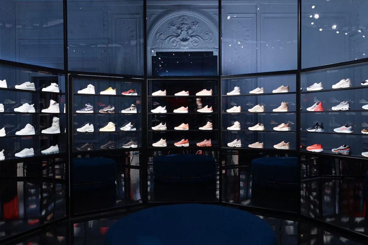 nike sneaker store