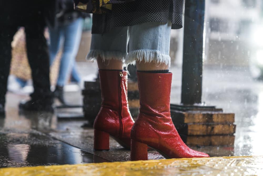 New York Fashion Week Part 1 Street Style Snaps Fashion Outfits NYFW 2018 Louis Vuitton Balenciaga Fendi Gucci Celine