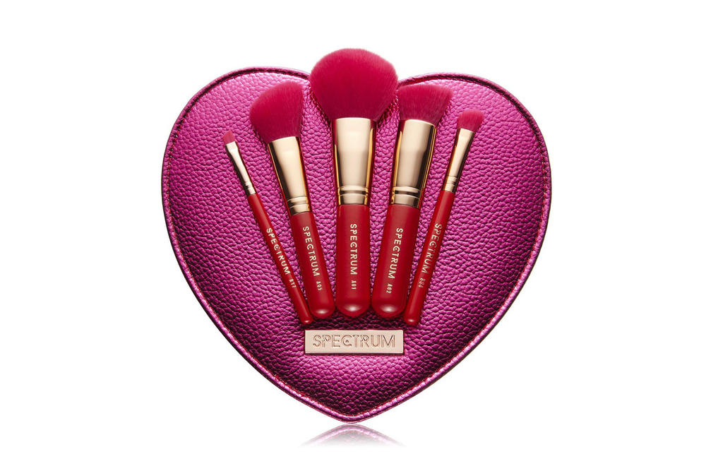 Spectrum Collections Valentines Sweetheart Makeup Brush Set Brushes Heart shaped red pink rose gold where to buy