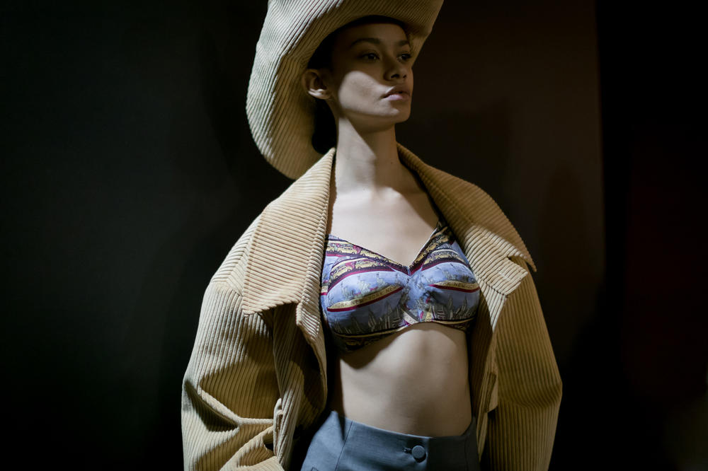 Vaquera Fall 2018 Collection Bra Top Suede Hat Jacket