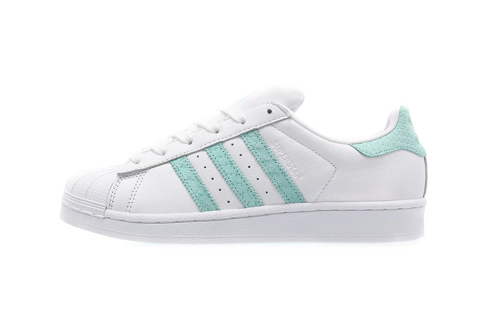 hot sale online 73cf2 74dc4 adidas Originals Superstar 80s Mint Green Coral | HYPEBAE