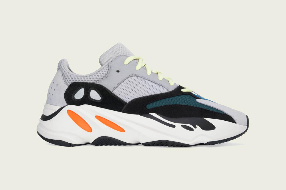 adidas YEEZY BOOST 700 Multi Solid Grey Chalk White Core Black