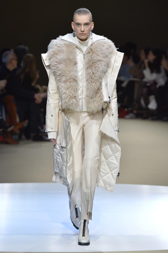 Alexander McQueen Fall/Winter 2018 Runway Paris Fashion Week Collection
