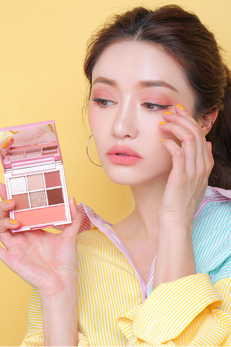 Maison Kitsuné 3CE Stylenanda Makeup Collection Korean Beauty Eyeshadow Palette Blush